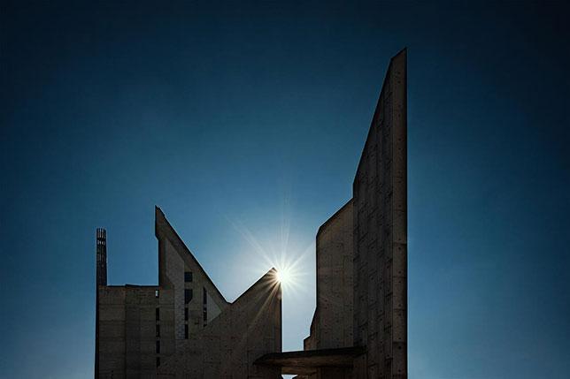 Blade Runner - Modern Stonehenge
