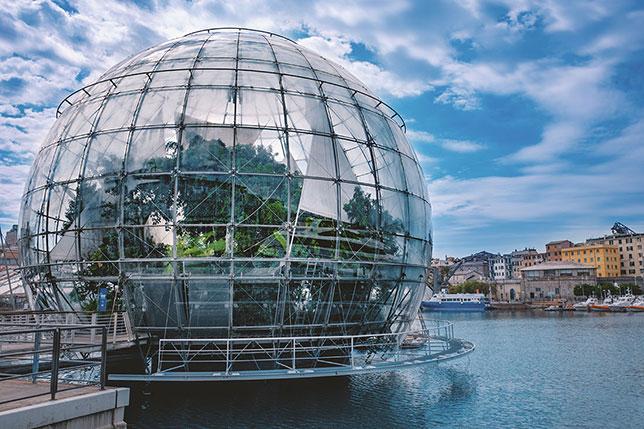 La Biosfera nel Porto Antico di Genova